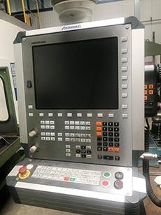 Steuerstand CNC-Bettfräskopf